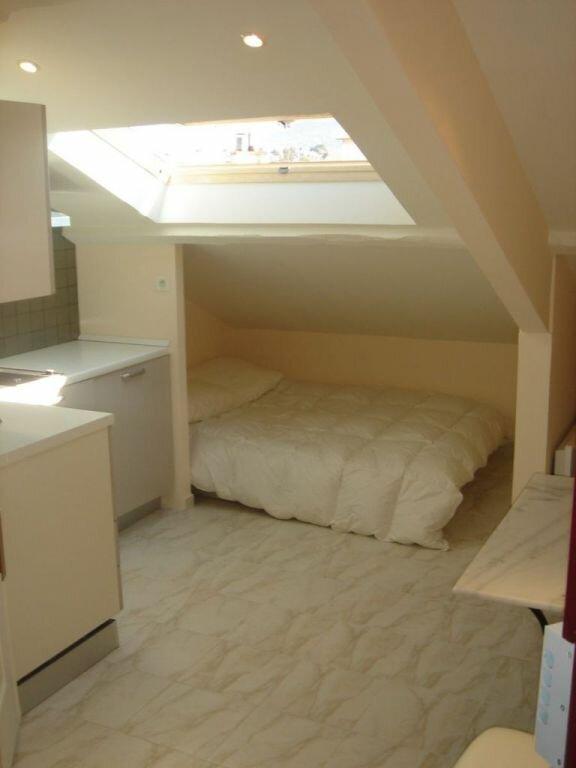 Appartement à louer 1 9m2 à Nice vignette-1