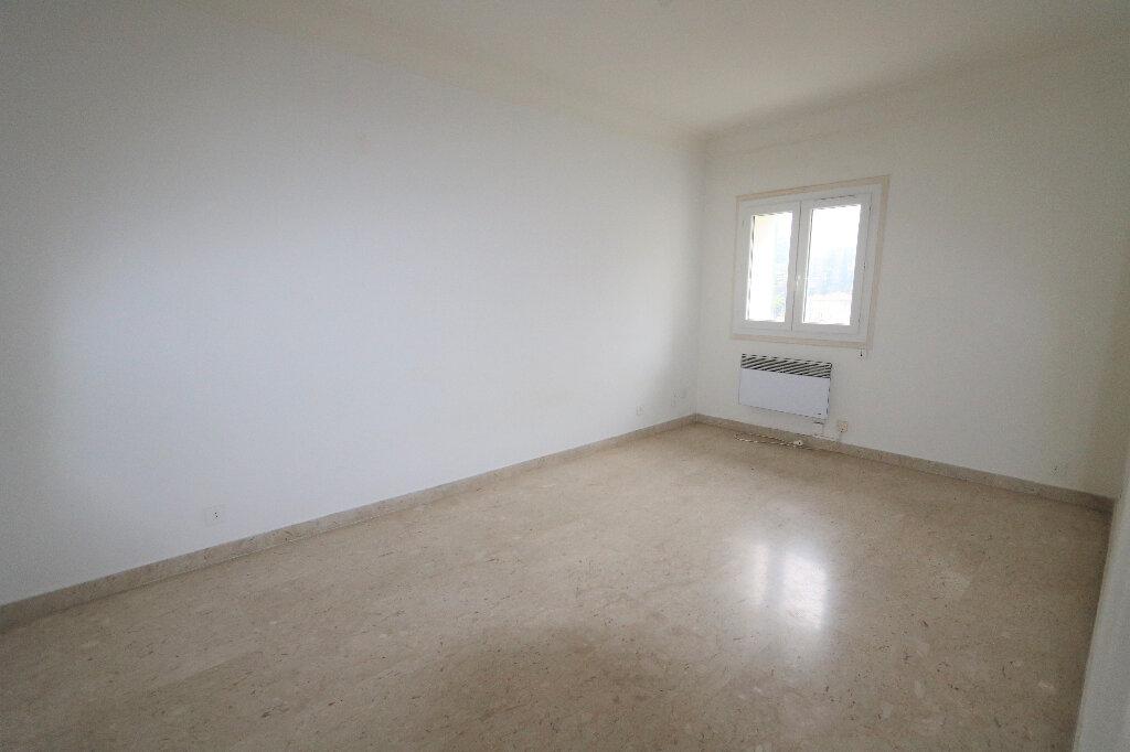 Appartement à louer 1 26.02m2 à Nice vignette-3
