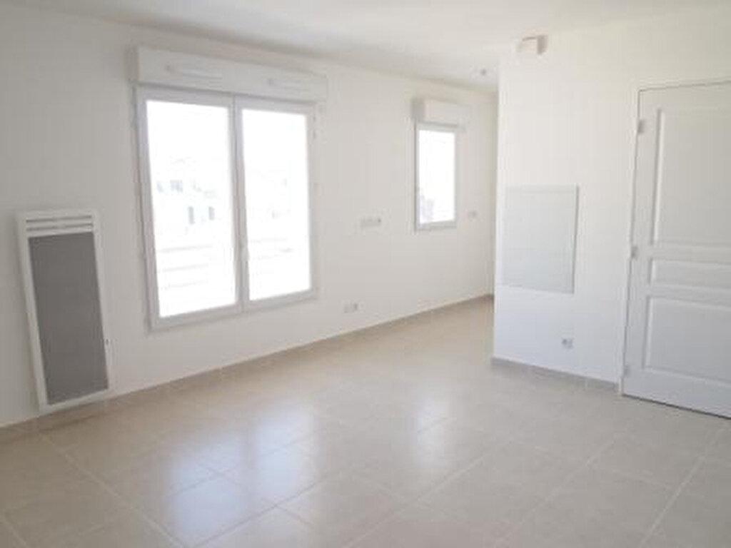 Appartement à louer 1 30m2 à Nice vignette-1