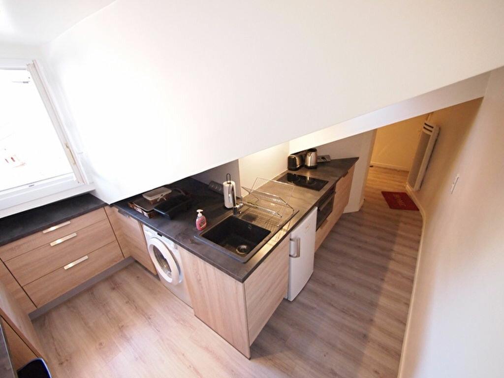 Appartement à louer 1 22.06m2 à Nice vignette-4