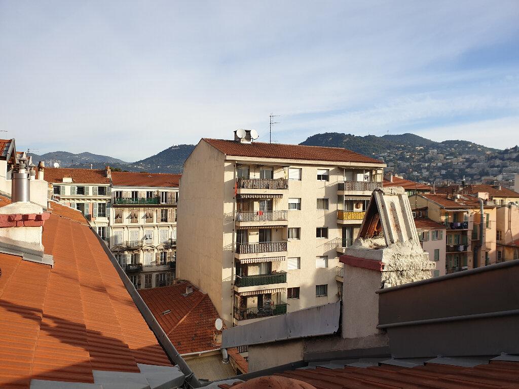 Appartement à louer 1 22.06m2 à Nice vignette-10