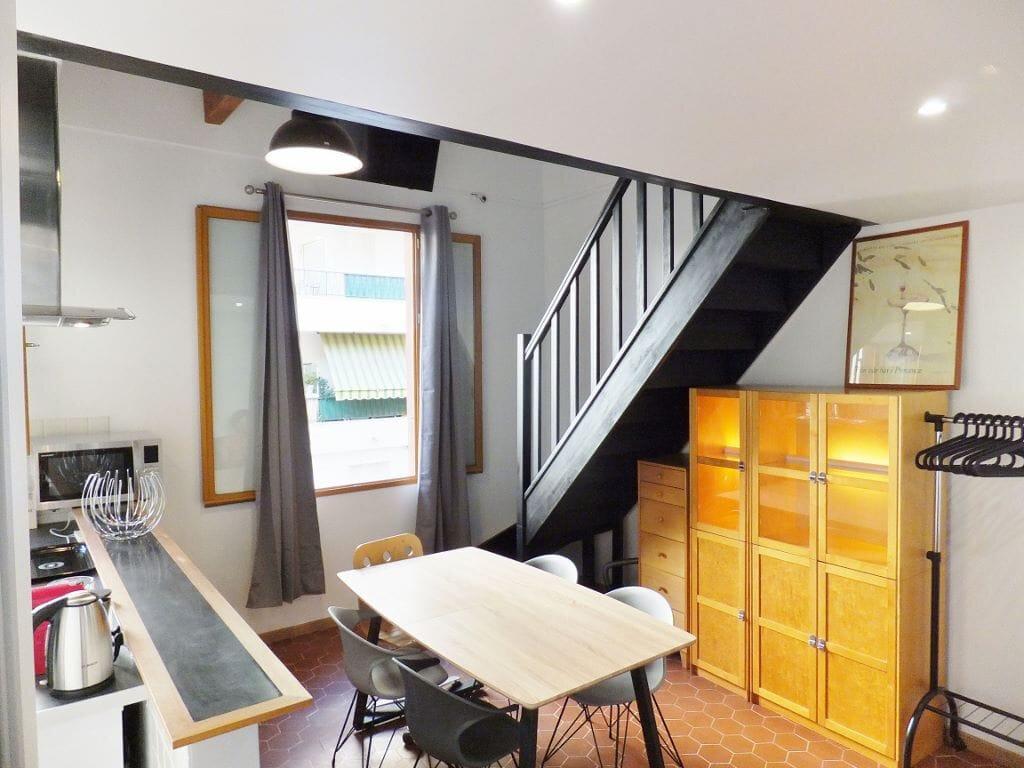 Maison à vendre 4 110m2 à Nice vignette-1