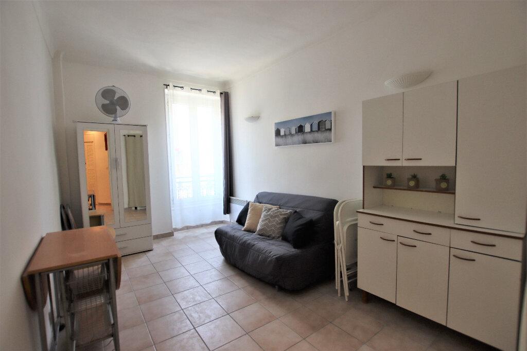 Appartement à louer 1 21.43m2 à Nice vignette-2