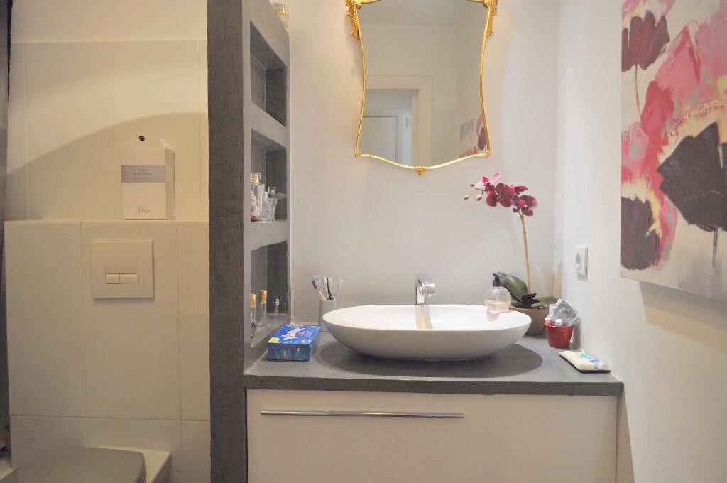 Appartement à louer 1 30m2 à Nice vignette-4