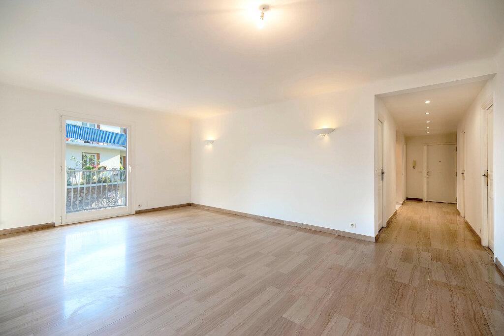 Appartement à louer 3 73m2 à Nice vignette-5