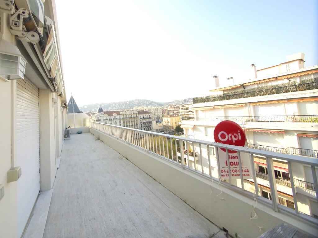 Appartement à louer 4 100m2 à Nice vignette-1