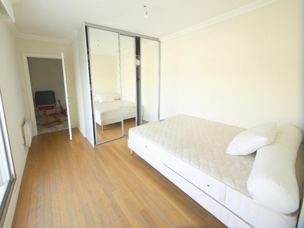 Appartement à louer 4 100m2 à Nice vignette-5