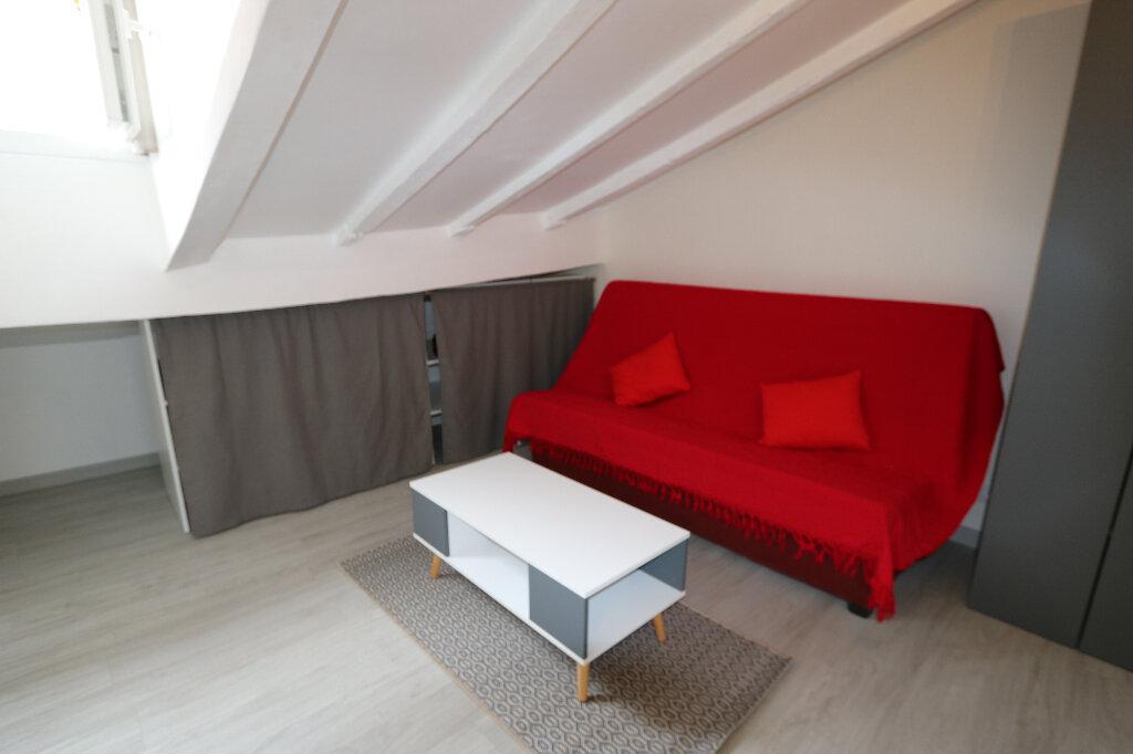 Appartement à louer 1 10m2 à Nice vignette-1