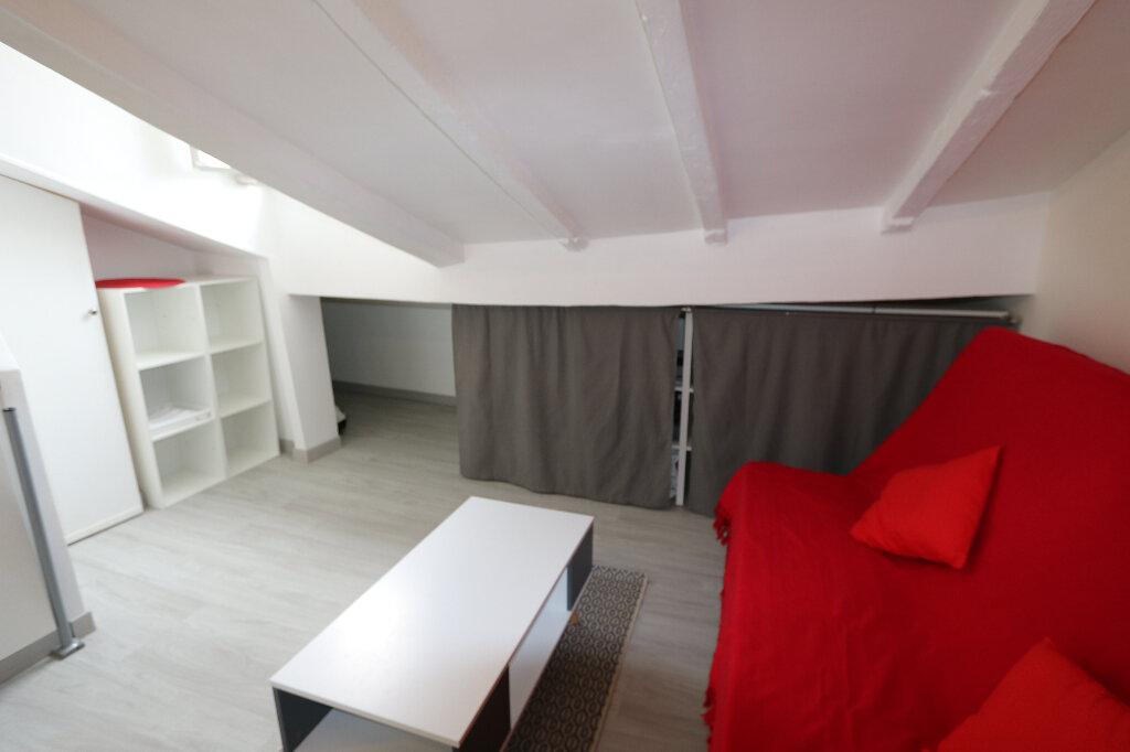 Appartement à louer 1 10m2 à Nice vignette-4