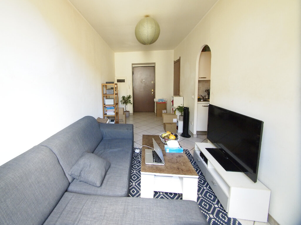 Appartement à louer 2 22.48m2 à Nice vignette-1