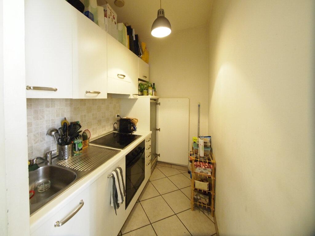 Appartement à louer 2 22.48m2 à Nice vignette-6