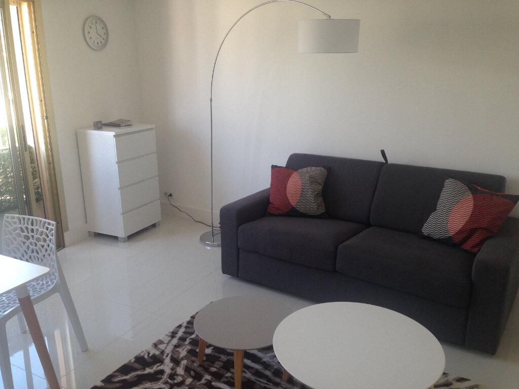 Appartement à louer 1 27m2 à Nice vignette-5