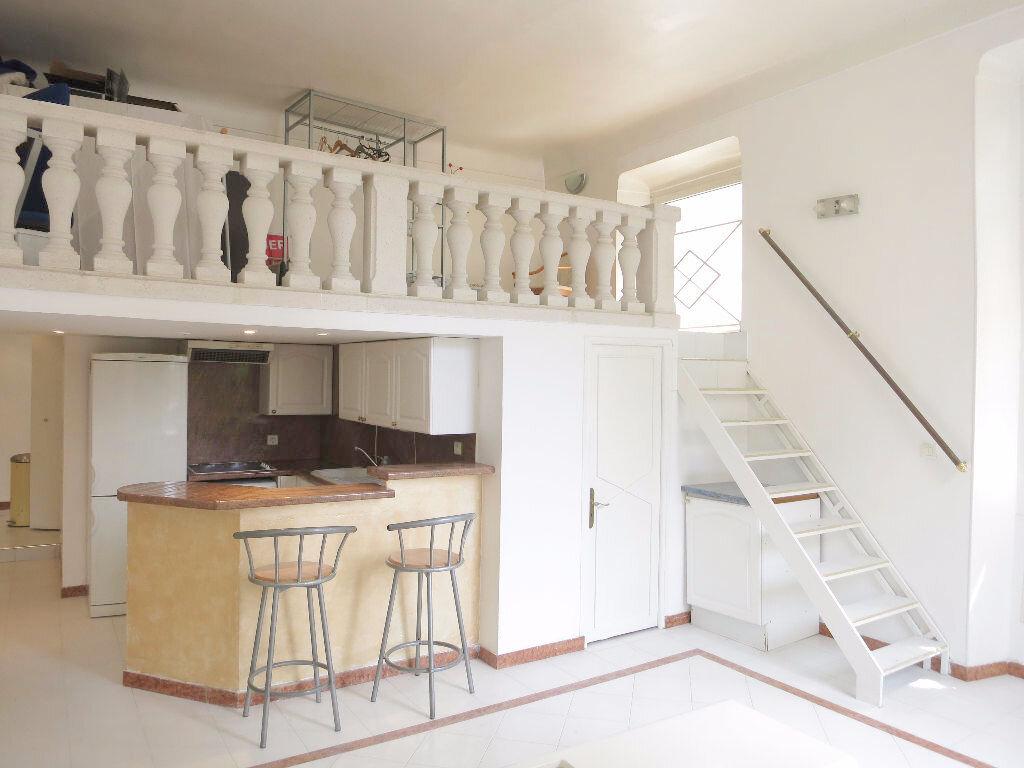 Appartement à louer 2 46m2 à Nice vignette-1