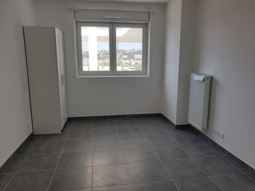 Appartement à louer 2 42.7m2 à Nice vignette-3