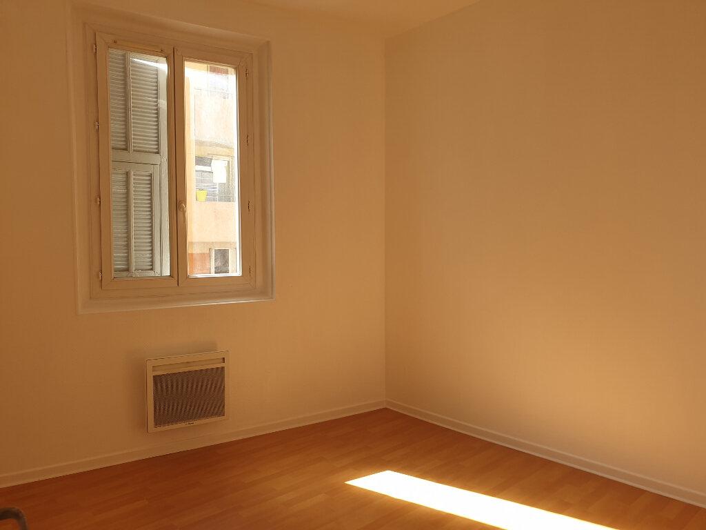 Appartement à louer 3 56.02m2 à Nice vignette-1