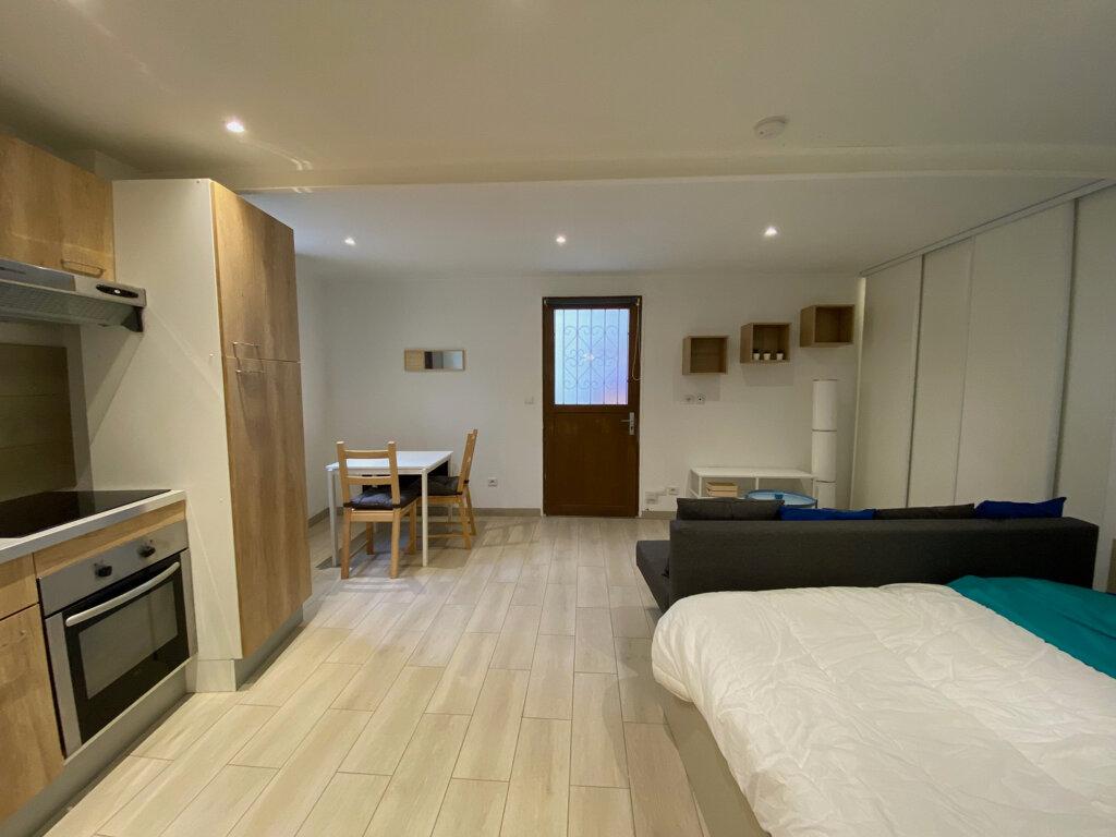 Appartement à louer 1 26.05m2 à Nice vignette-2