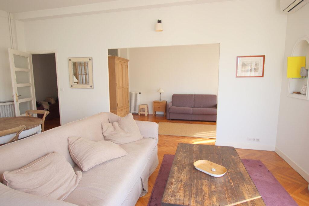 Appartement à louer 3 94.08m2 à Nice vignette-2