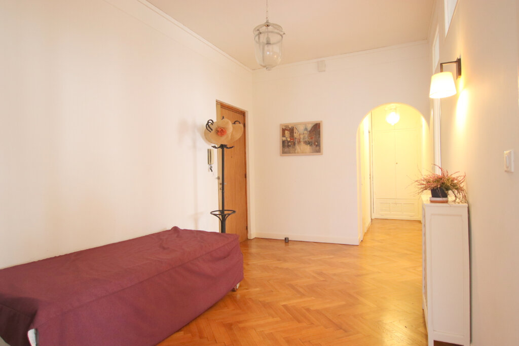 Appartement à louer 3 94.08m2 à Nice vignette-4