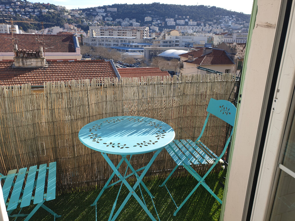 Appartement à louer 2 42.5m2 à Nice vignette-2