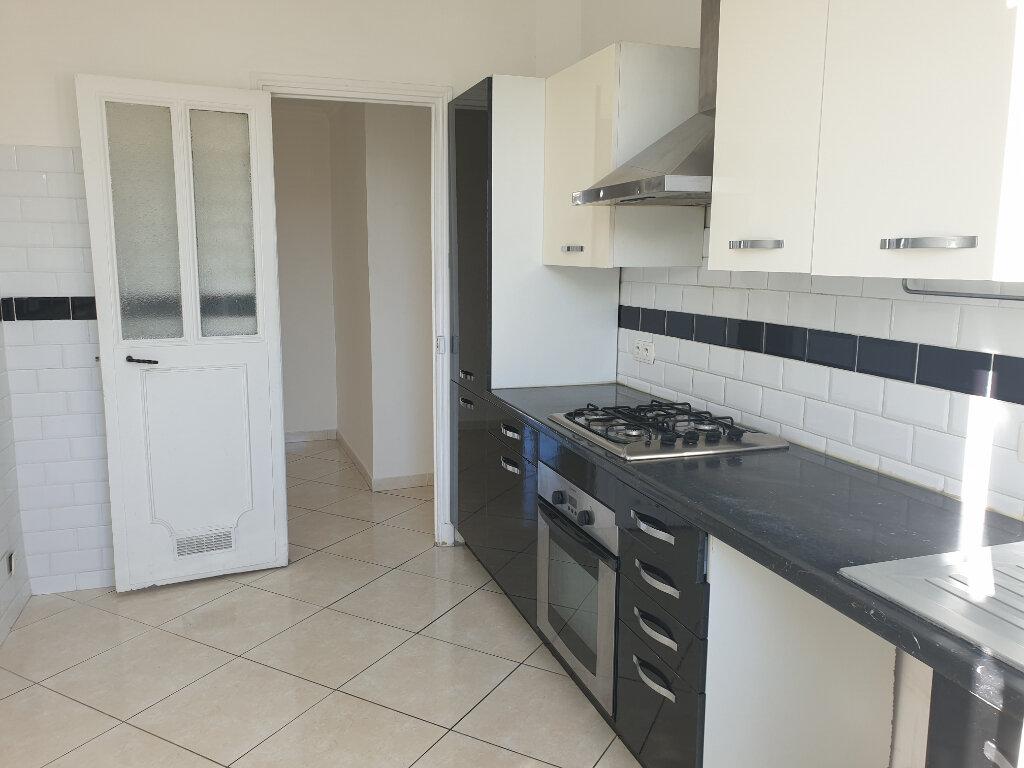 Appartement à louer 2 42.5m2 à Nice vignette-3