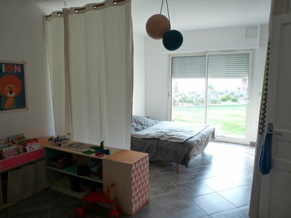 Appartement à louer 3 123.73m2 à Nice vignette-5
