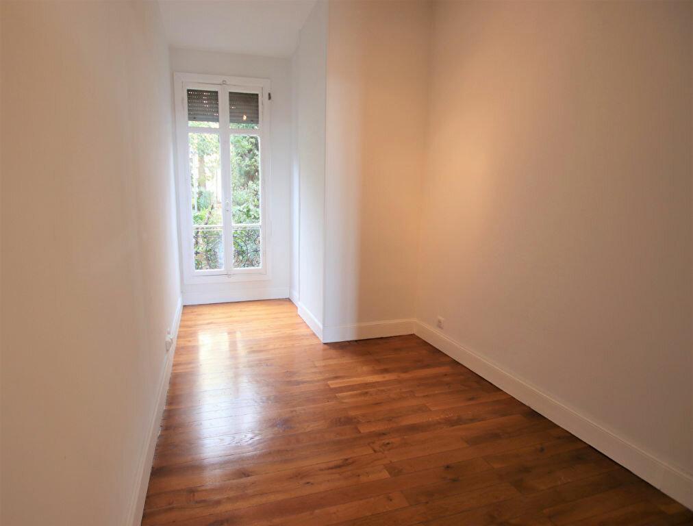 Appartement à louer 3 77.16m2 à Nice vignette-5