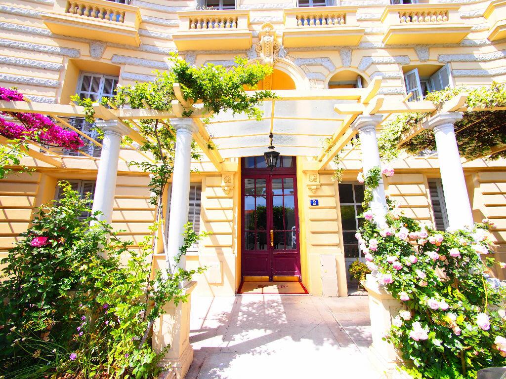 Appartement à louer 3 77.16m2 à Nice vignette-8
