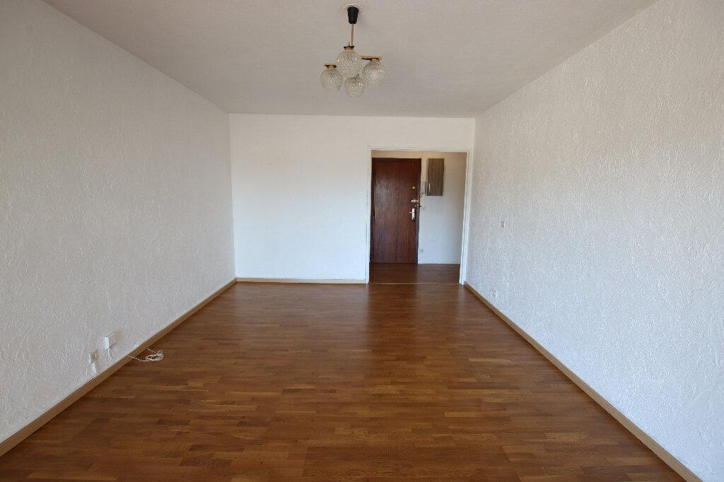 Appartement à louer 2 55.45m2 à Nice vignette-2