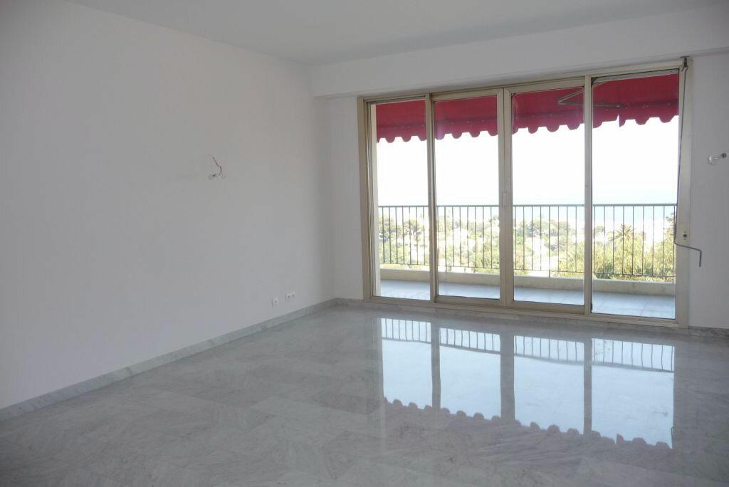 Appartement à louer 4 95m2 à Nice vignette-1