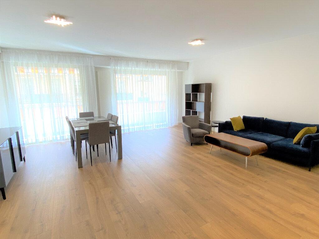 Appartement à louer 3 79m2 à Nice vignette-1