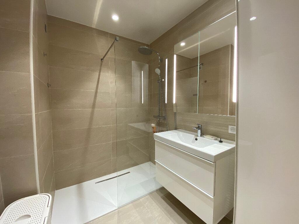 Appartement à louer 3 79m2 à Nice vignette-7