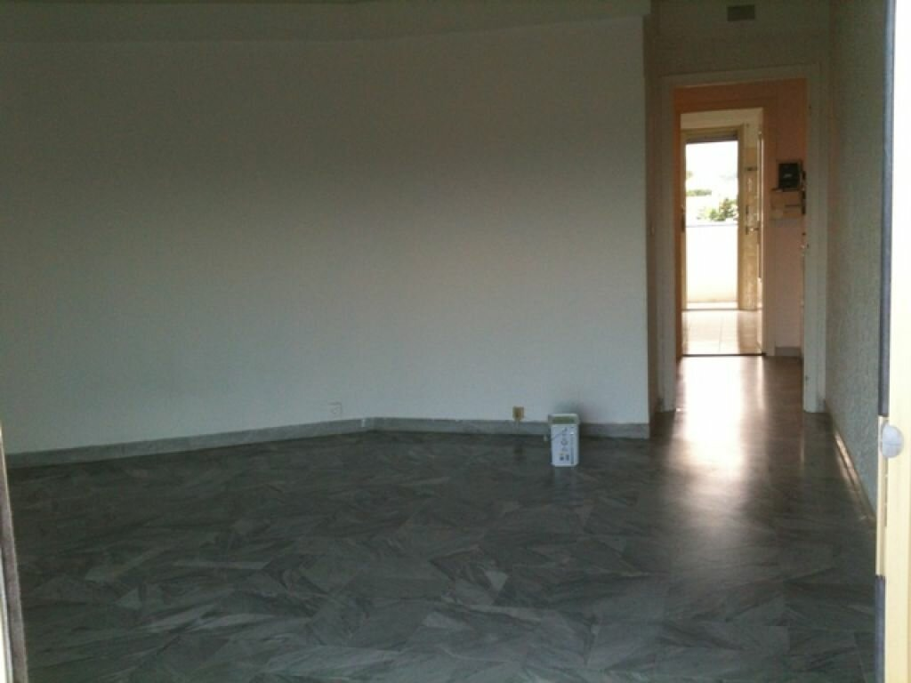 Appartement à louer 2 45.2m2 à Cagnes-sur-Mer vignette-2
