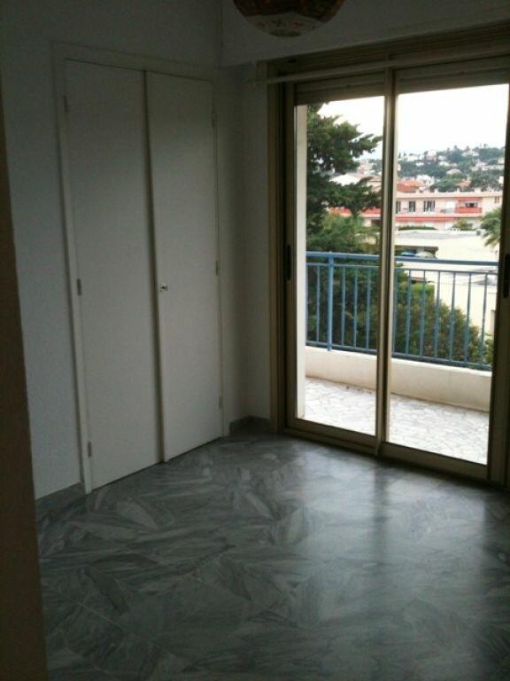 Appartement à louer 2 45.2m2 à Cagnes-sur-Mer vignette-4