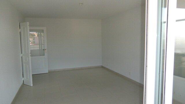 Appartement à louer 3 55m2 à Cagnes-sur-Mer vignette-3