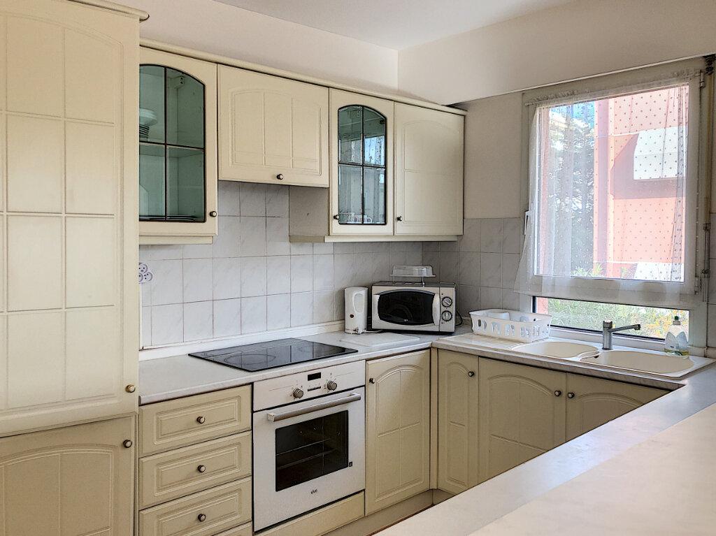 Appartement à louer 3 65m2 à Cagnes-sur-Mer vignette-6