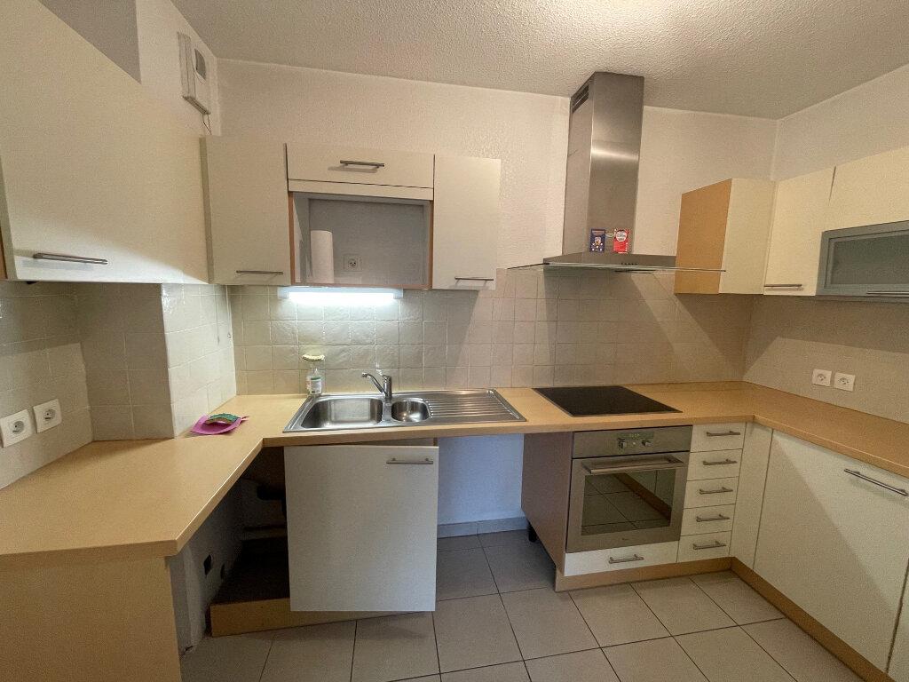 Appartement à louer 3 54.3m2 à Cagnes-sur-Mer vignette-3