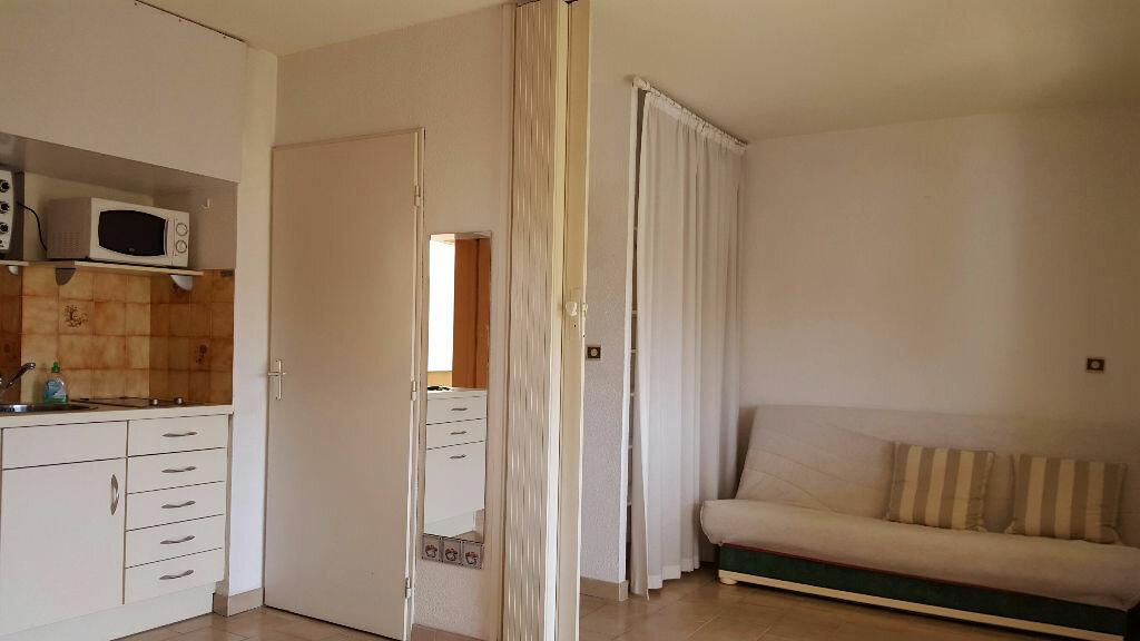 Appartement à louer 2 22.15m2 à Cagnes-sur-Mer vignette-6