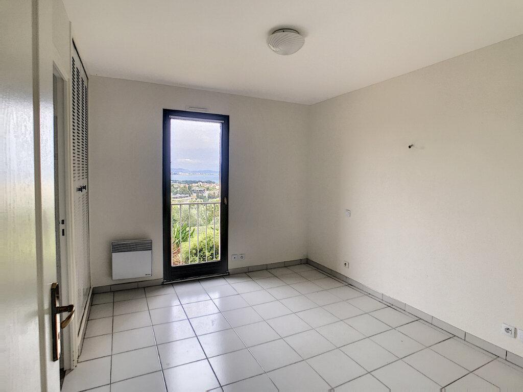 Appartement à louer 3 68m2 à Villeneuve-Loubet vignette-9
