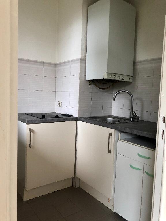 Appartement à louer 1 27.4m2 à Cagnes-sur-Mer vignette-4