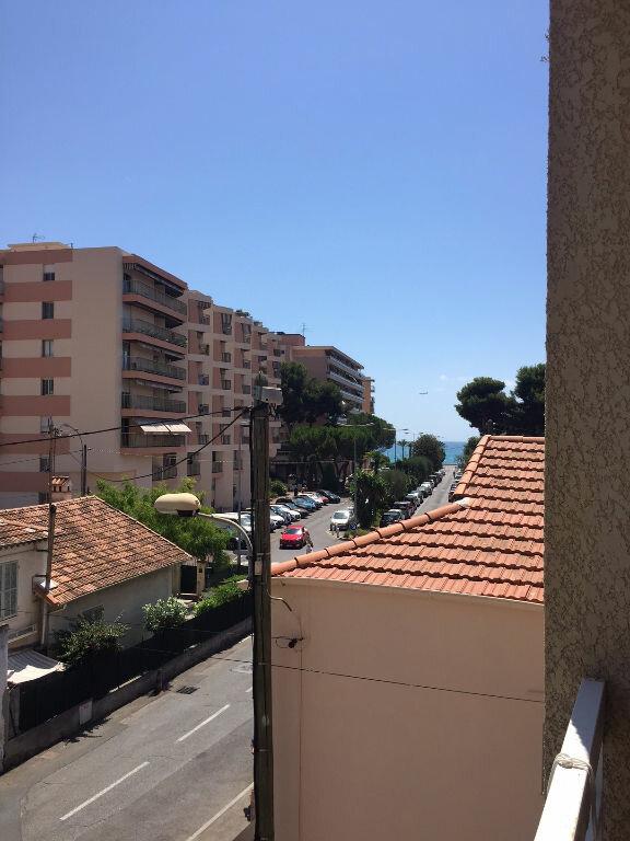 Appartement à louer 1 25m2 à Cagnes-sur-Mer vignette-6