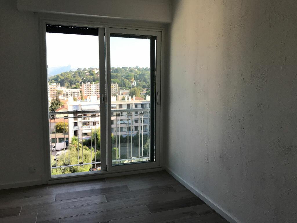 Appartement à louer 2 41m2 à Cagnes-sur-Mer vignette-3
