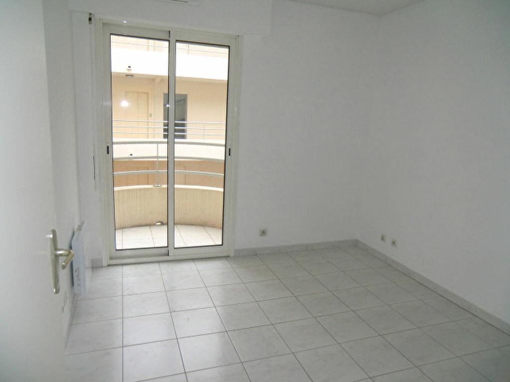Appartement à louer 2 43.5m2 à Villeneuve-Loubet vignette-4