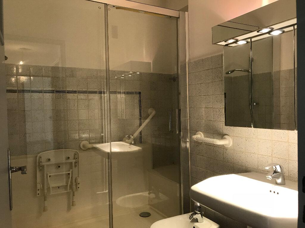 Appartement à louer 2 51.67m2 à Cagnes-sur-Mer vignette-6
