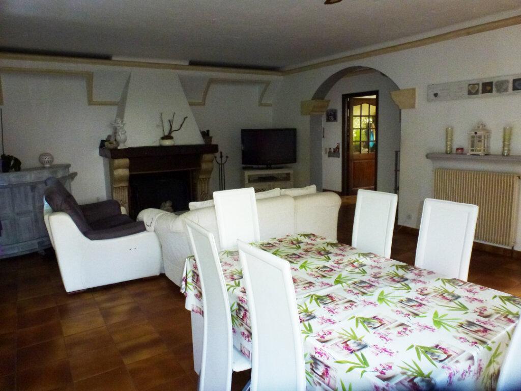 Appartement à louer 4 113.9m2 à Cagnes-sur-Mer vignette-4