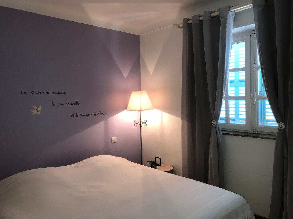 Appartement à louer 4 113.9m2 à Cagnes-sur-Mer vignette-6