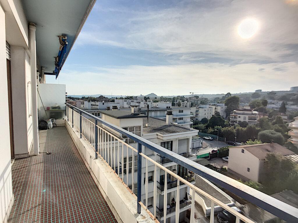 Appartement à vendre 4 76m2 à Cagnes-sur-Mer vignette-1