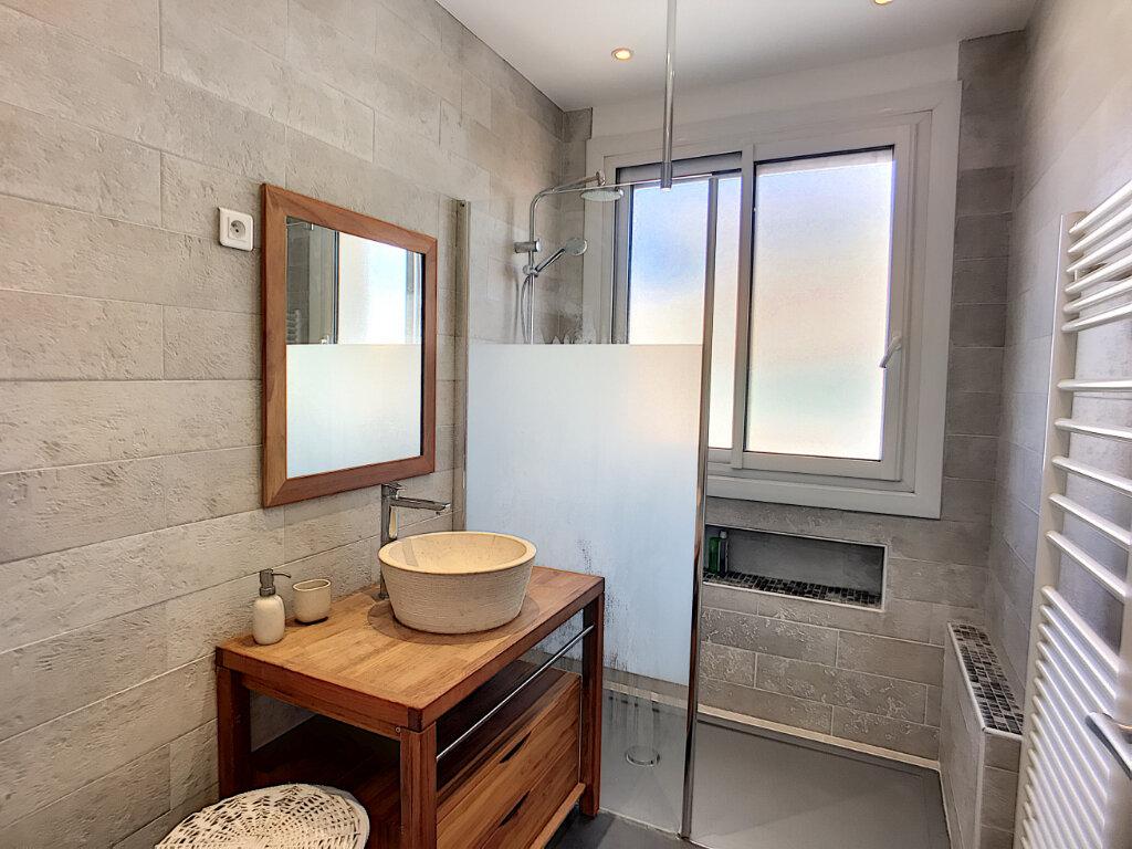 Appartement à vendre 4 76m2 à Cagnes-sur-Mer vignette-5