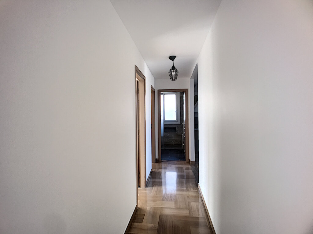 Appartement à vendre 4 76m2 à Cagnes-sur-Mer vignette-7