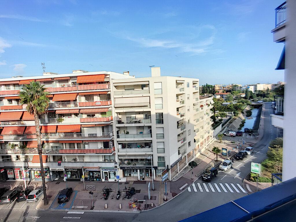 Appartement à vendre 4 76m2 à Cagnes-sur-Mer vignette-8