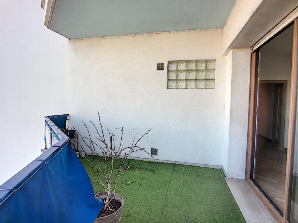 Appartement à vendre 4 76m2 à Cagnes-sur-Mer vignette-9